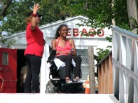 Sebago Volunteers helping Adaptive Paddlers